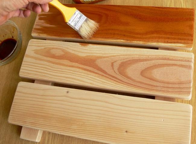 Покрытие древесины воском